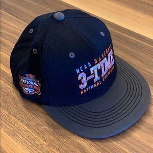 🆕OSU Beavers 3 Time World Series Champs Hat